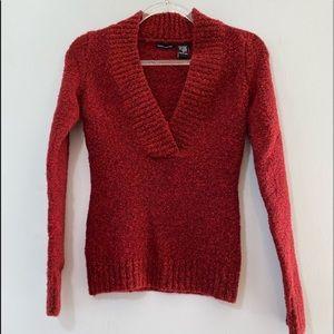 ♥️ V-neck Red Sweater ♥️